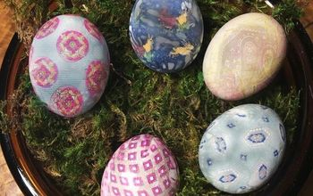 "Silk ""Tie"" Dyed Easter Eggs"