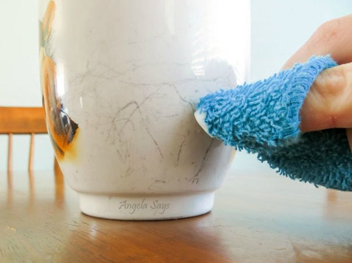 Make This Dreaded Household Problem Disappear Without