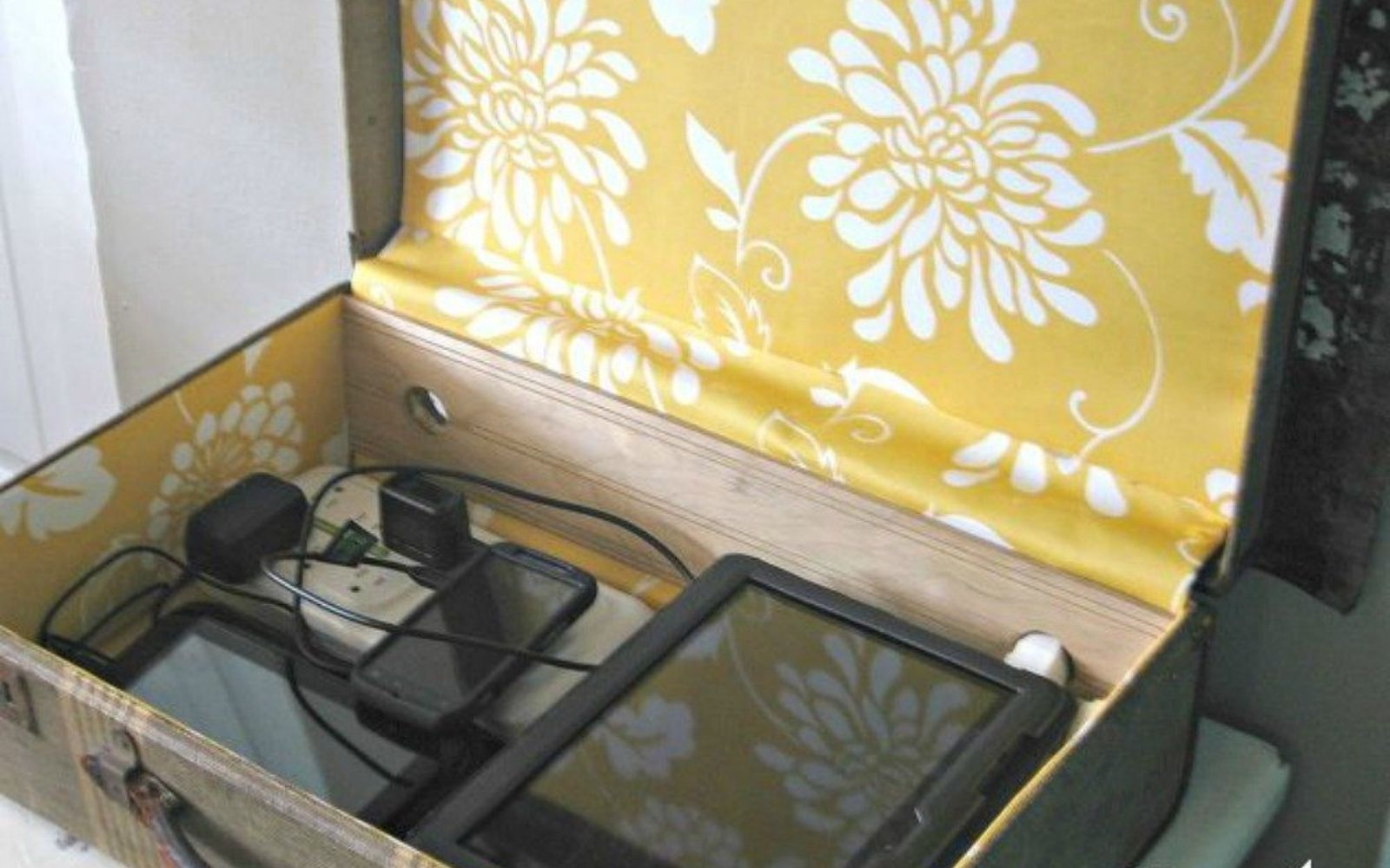 s don t throw out your old suitcase before you see these 15 clever ideas, Repurpose it into a vintage charging station