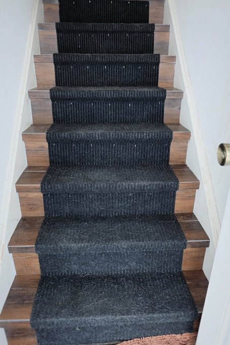 Fantastic Great Solution: Wood Look Vinyl Tile on a Stair | Hometalk GQ26