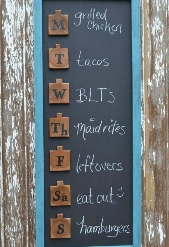 s turn anything into a chalkboard with these 13 creative ideas, Turn a board into a weekly menu