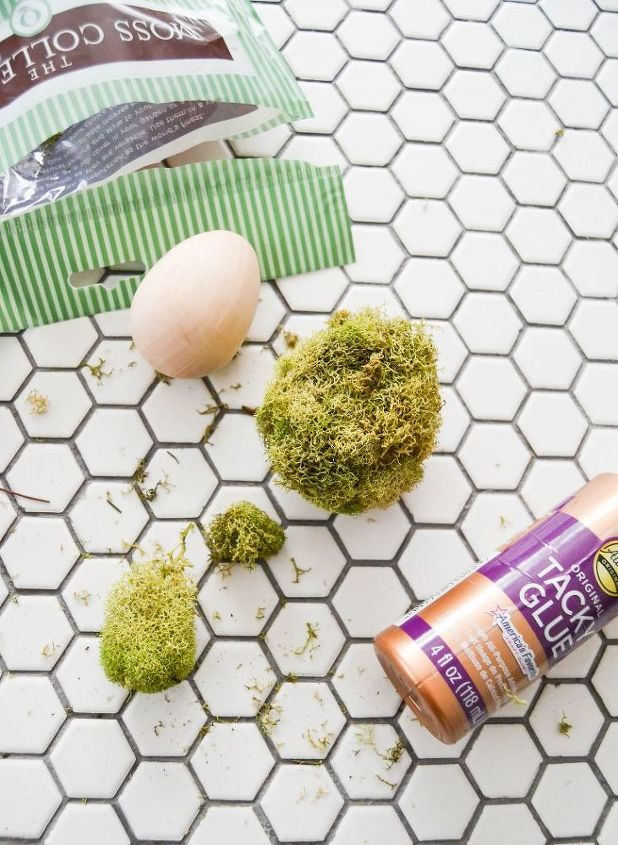 get rid of your boring easter eggs make mossy spring eggs