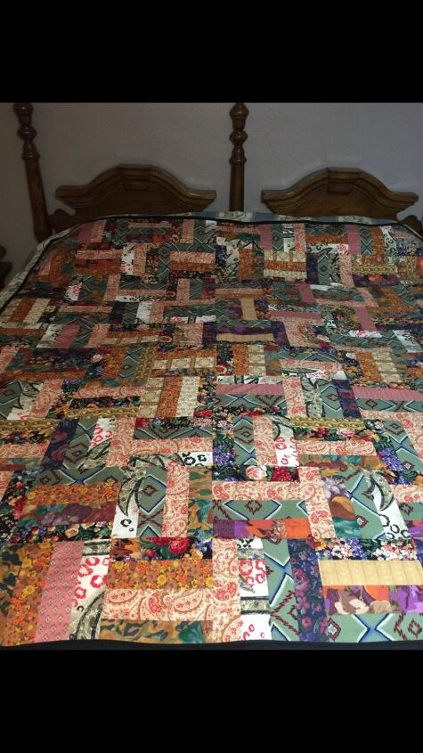 e decorating with handmade quilts