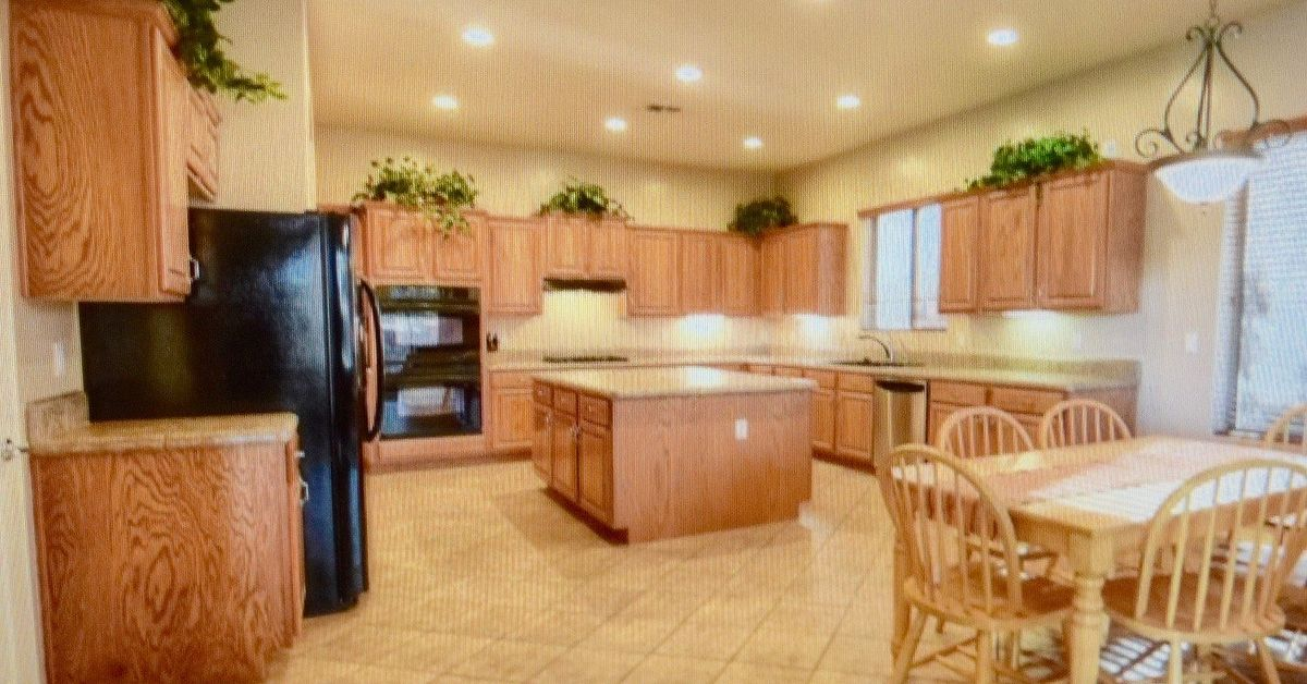 best white paint for kitchen cabinets how to paint kitchen cabinets white best paint for the 9253