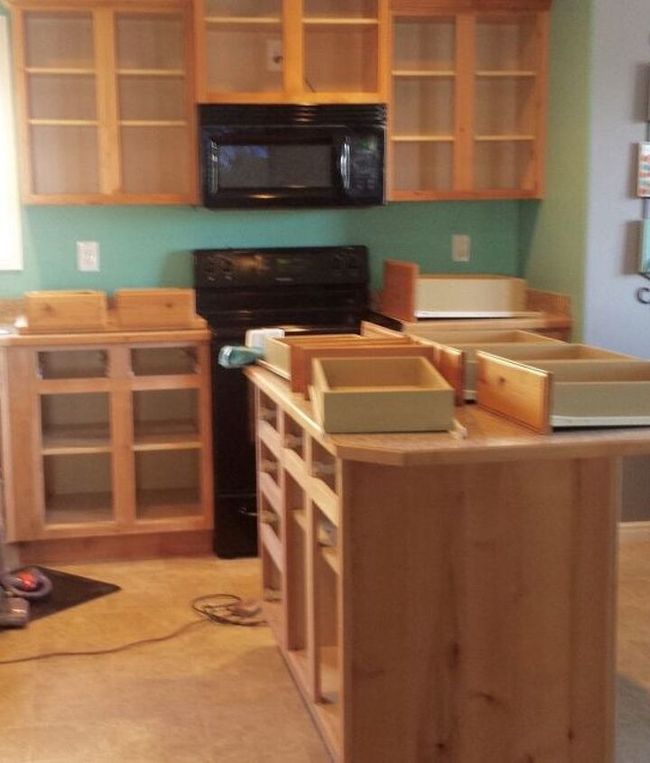 The Best Paint For Kitchen Cabinets: How To Paint Kitchen Cabinets White (BEST Paint For The