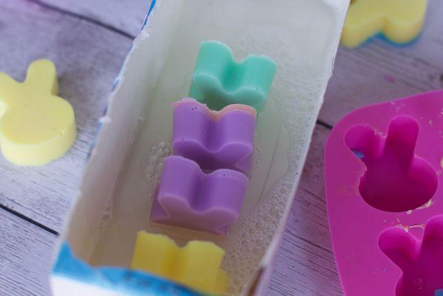 how to make bunny rabbit bar soap