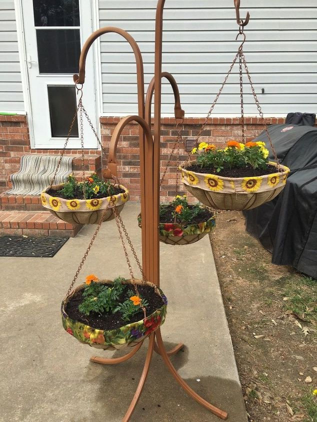 no more coconut liners for my hanging baskets