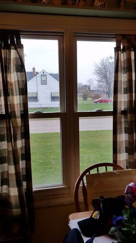 q i m looking for window treatment ideas for our kitchen windows