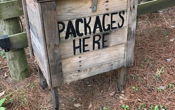 How to Make a Parcel Box From Pallets