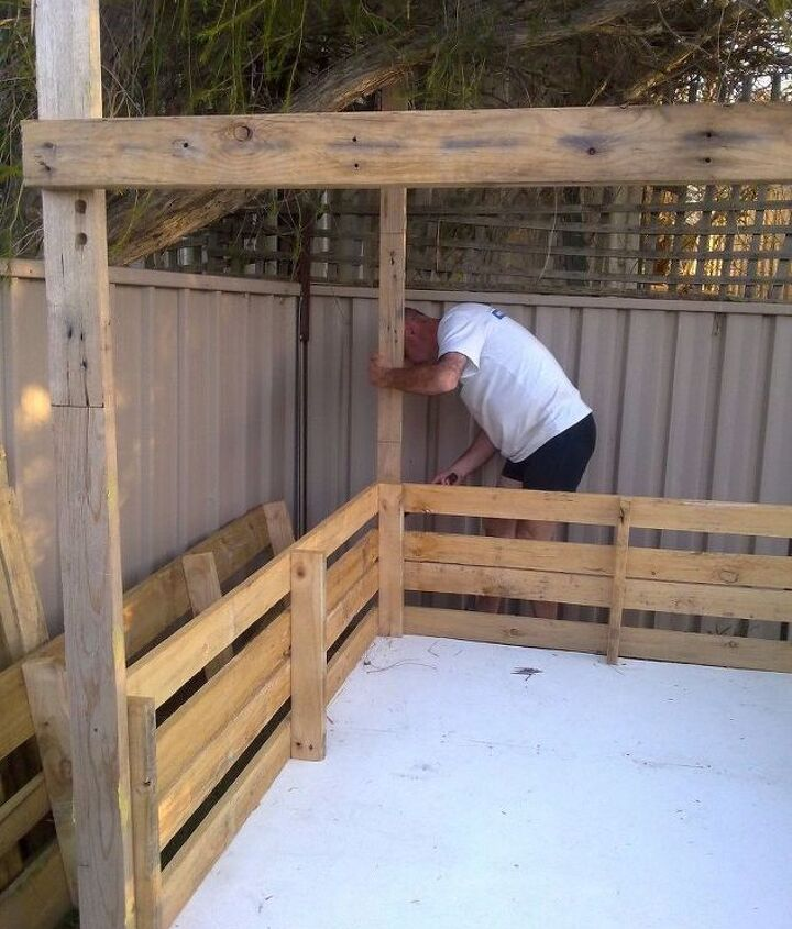 Checking pallets and fixing framing