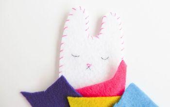 How to Make a Cute Felt Bunny