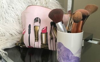 Marbelized Makeup Brush Holder