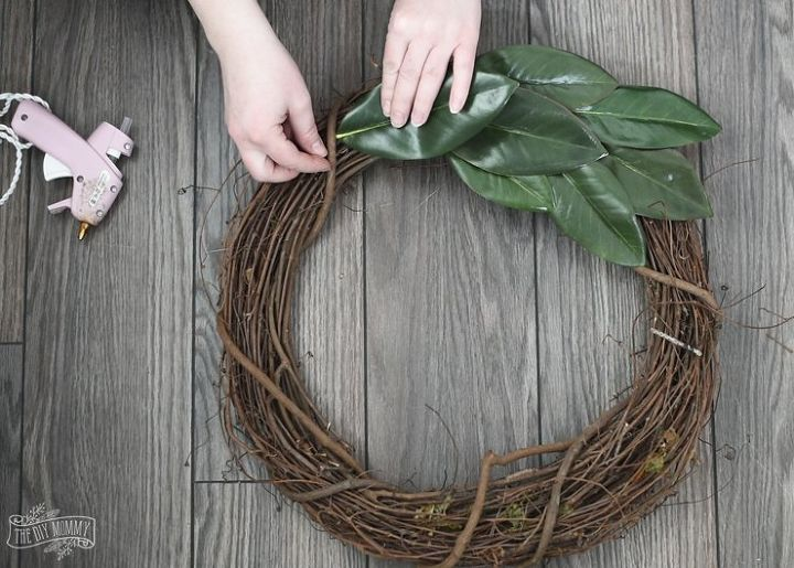 Diy Magnolia Wreath Hometalk