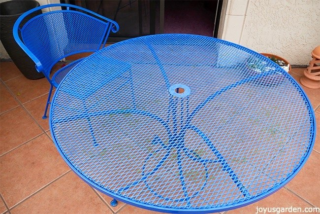 spray painting protecting revitalizing a vintage patio set, animals, appliance repair, appliances, architecture, basement ideas, bathroom ideas, bedroom ideas, bug extermination, bug repellent, chalk paint, chalkboard paint, christmas decorations, cleaning tips, closet, composting, concrete masonry, concrete countertops, concrete creations, concrete repair, container gardening, cosmetic changes, countertops, craft rooms, crafts, curb appeal, decks, decoupage, dining room ideas, diy, doors, earthworms, easter decorations, electrical, entertainment rec rooms, exterior home painting, fabric cleaning, fences, fireplace cleaning, fireplace makeovers, fireplaces mantels, fixing windows, flooring, flowers, foyer, furniture cleaning, furniture id, furniture refurbishing, furniture repair, garage doors, garages, gardening, gardening pests, gardening tools, go green, halloween decorations, hardwood floors, hibiscus, home decor, home decor cleaning, home decor dilemma, home decor id, home improvement, home maintenance repairs, home office, home security, homesteading, house cleaning, how to, hvac, hydrangea, indoor pests, interior home painting, kitchen backsplash, kitchen cabinets, kitchen design, kitchen island, landscape, large home improvement projects, laundry rooms, lawn care, lighting, living room ideas, major home repair, mantels, mason jars, minor home repair, organizing, outdoor furniture, outdoor living, outdoors cleaning, paint colors, painted furniture, painted furniture finishes, painting, painting cabinets, painting concrete, painting over finishes, painting upholstered furniture, painting wood furniture, pallet, patio, patriotic decor ideas, perennial, pest control, pet stain cleaning, pets, pets animals, plant care, plant id, plumbing, ponds water features, pool designs, porches, products, raised garden beds, real estate, removing paint from furniture, repurpose building materials, repurpose furniture, repurpose household items, repurpose unique pieces, repurp