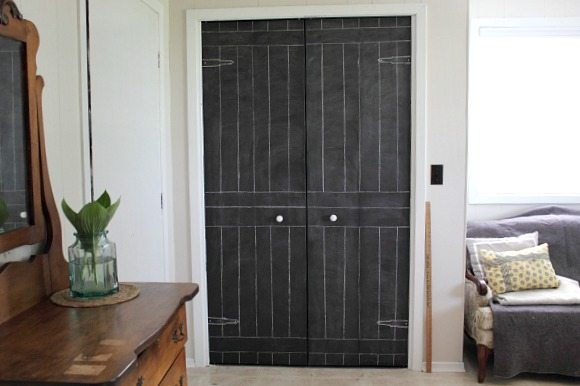 Diy Closet Door Update Turn Plain Doors Into A Giant Chalkboard