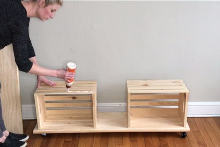 easy crate bench on wheels