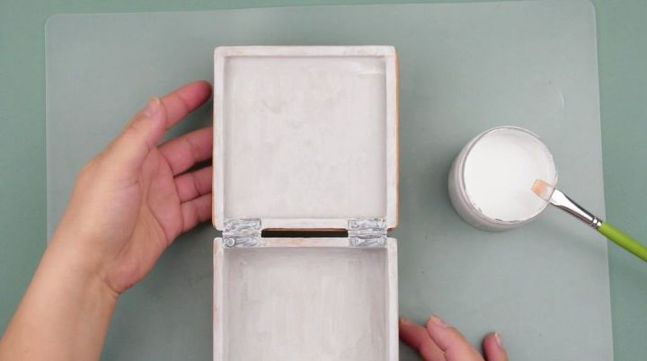 diy shabby chic jewelry box decoupage