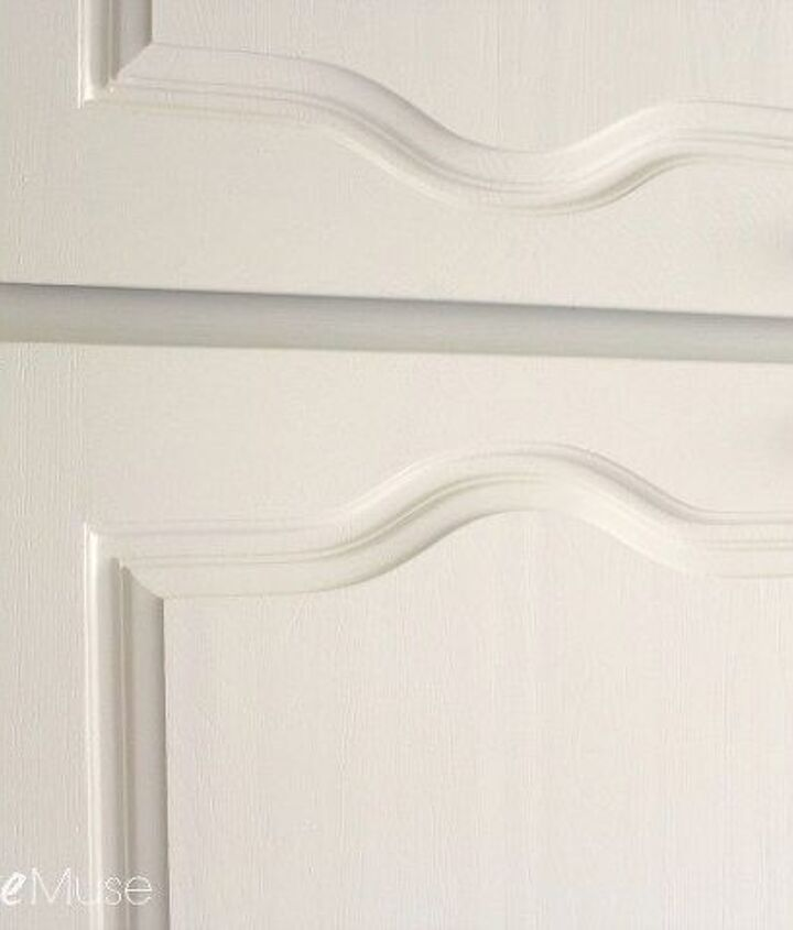 my new favorite way to paint kitchen cabinets