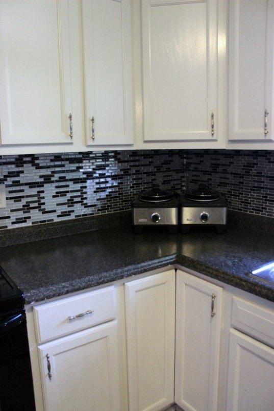 peel n stick backsplash tile