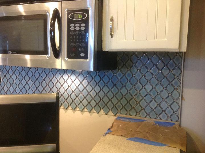 Arabesque Blue Tile Backsplash Using an Adhesive Mat | Hometalk