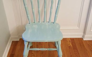 Vintage Farmhouse Style Chair Gets A Coastal Makeover