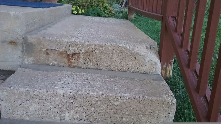 q my concrete step has chunk broken off what is a good way to fix it