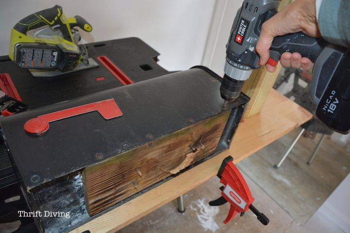 How to build paint and install a custom diy mailbox hometalk how to build paint and install a custom diy mailbox solutioingenieria Choice Image