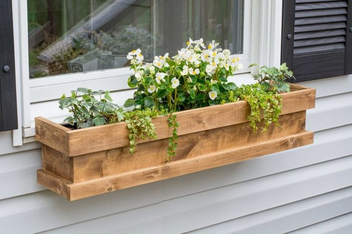 diy cedar window boxes hometalk. Black Bedroom Furniture Sets. Home Design Ideas