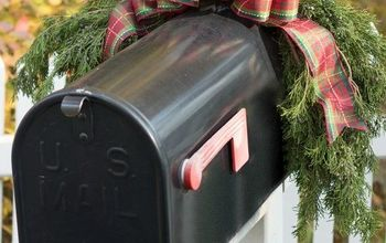 Decorating Our Mailbox for the Holidays!