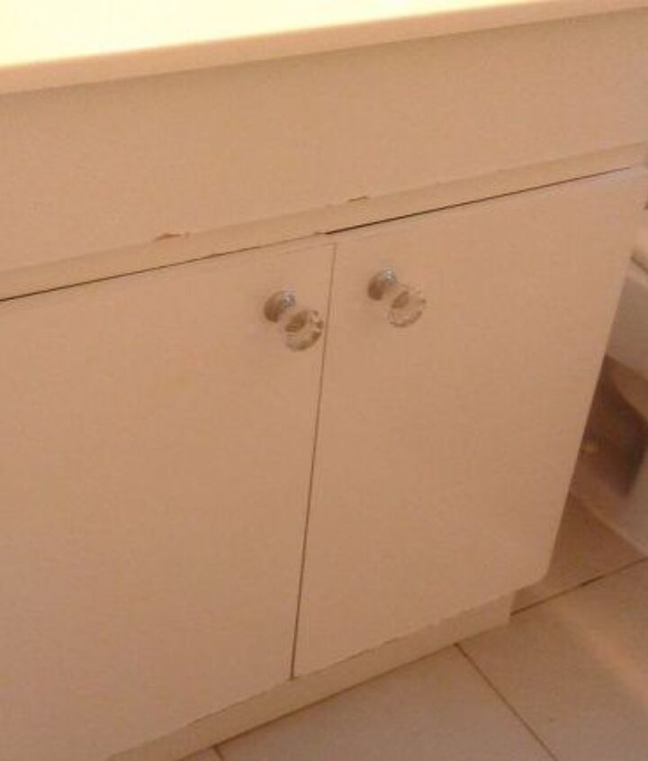 q how can i fixe the door in my bathroom cabinet any idea