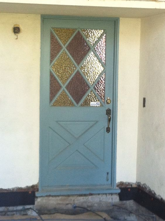 q i need to know what to call a specific type of decorative door
