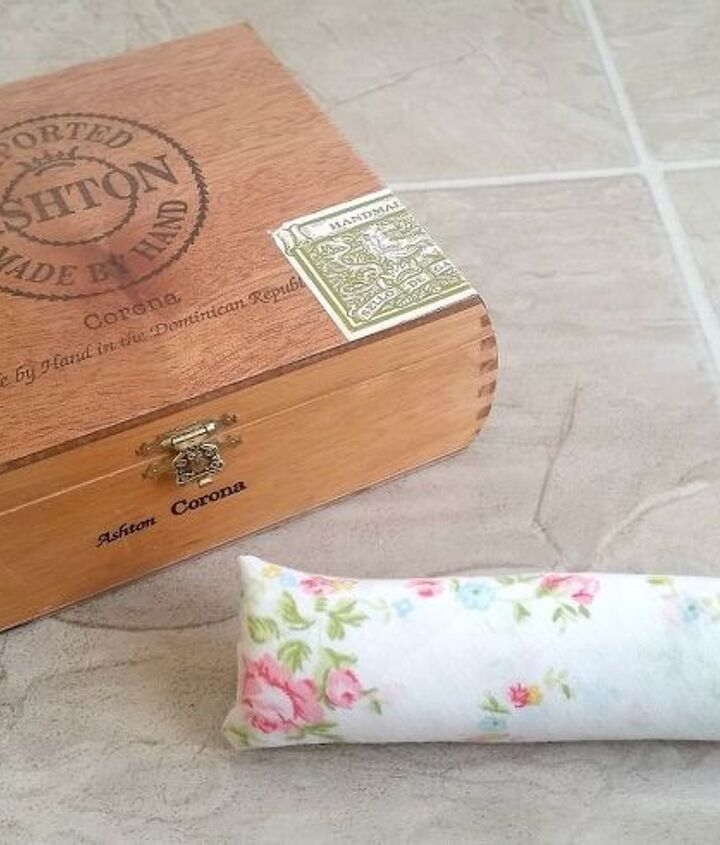 repurposed cigar box to ring holder