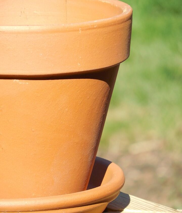 spruce up your old flower pots for free