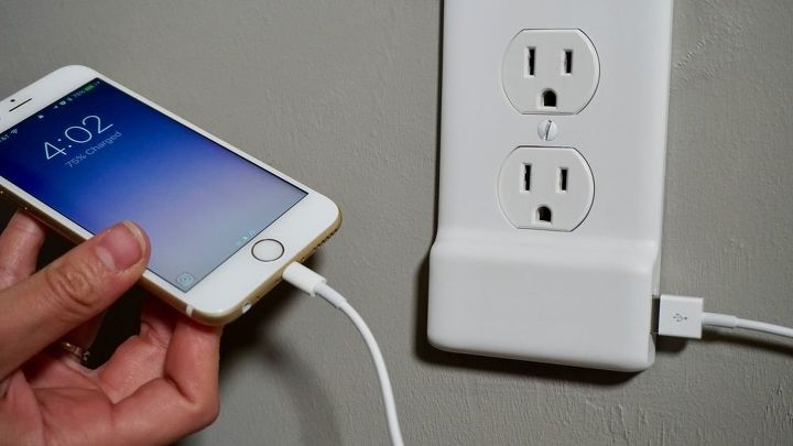 install a usb outlet cover in a snap