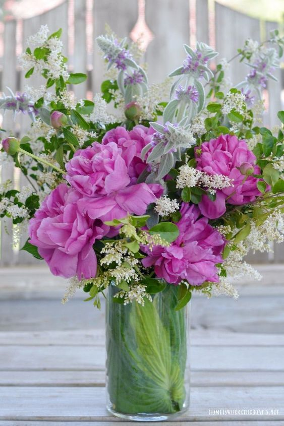 garden bouquet tips and flower arranging hack