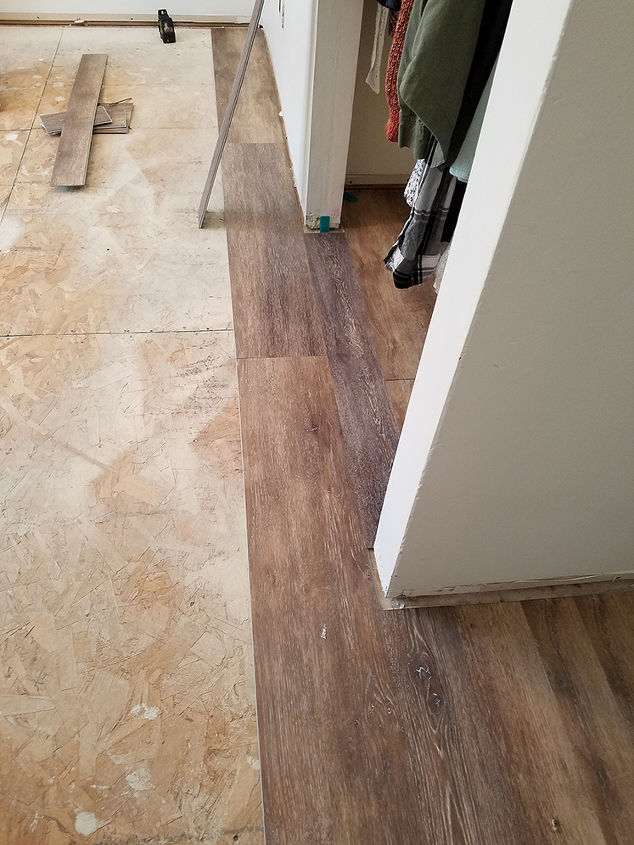 How To Install Vinyl Plank Flooring Hometalk - What to put under vinyl plank flooring