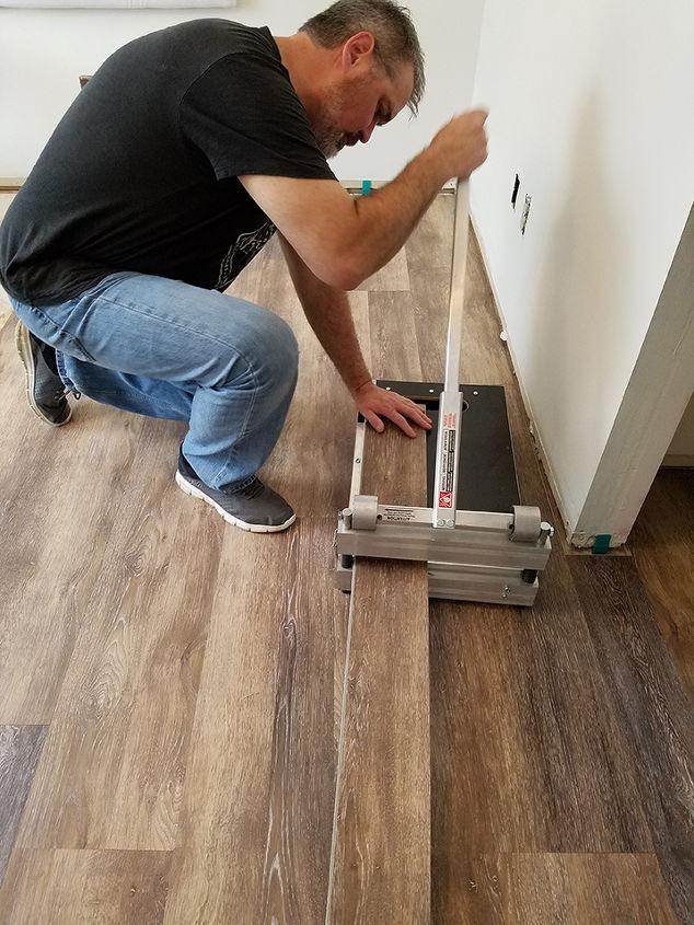 Can You Put Tile Over Linoleum Glue