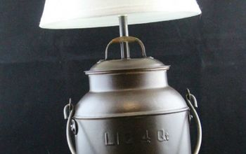 Create a Warm and Inviting Outdoor Space With This DIY Solar Lamp