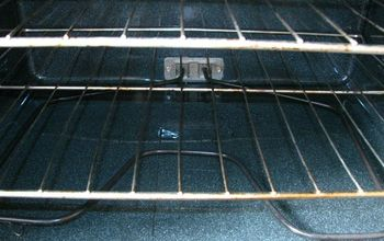 How to Clean Your Oven With Just Baking Soda!