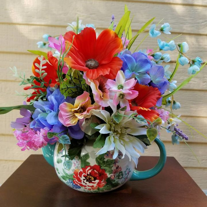 Easy Diy Teapot Centerpiece Using The Pioneer Woman Spring Collection Hometalk