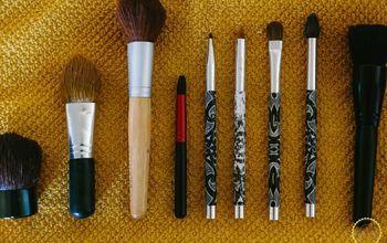 Natural Makeup Brush Cleaner