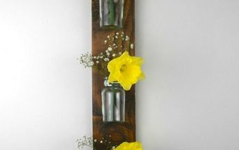 how to create a wall hanging vase from a pallet