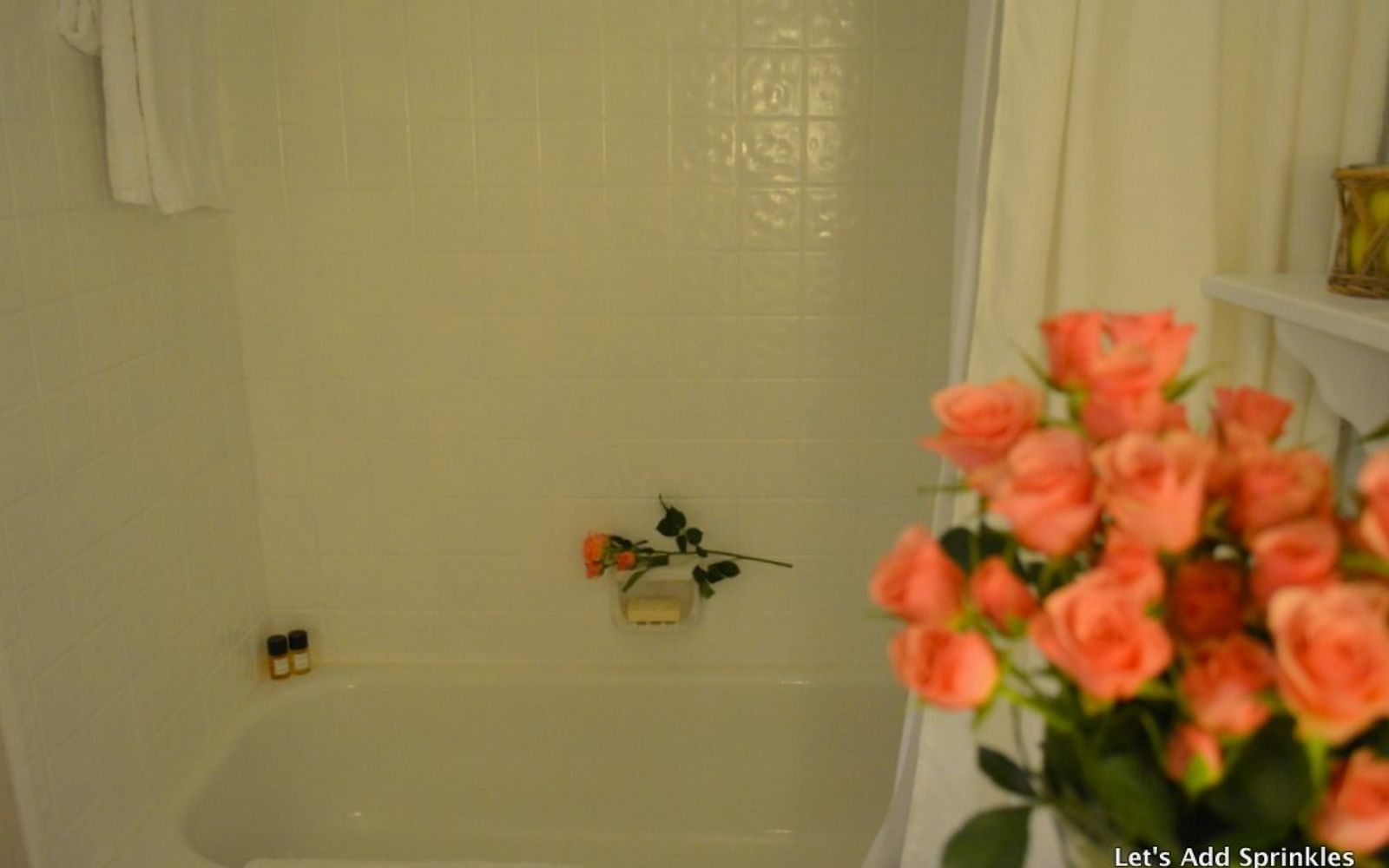s 11 easy ways to refresh your old bathtub, Give Your Tub A Deep Clean