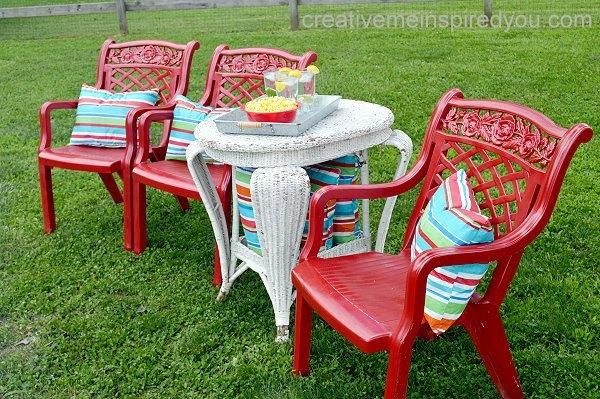 Come Rinnovare Le Sedie Di Plastica.Ecco Come Riciclare Le Nostre Vecchie Sedie In Plastica 10 E Idee