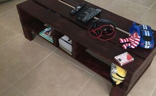 pallets center table
