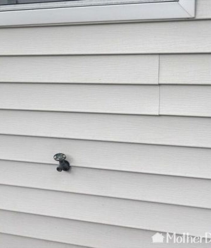 how to clean vinyl siding
