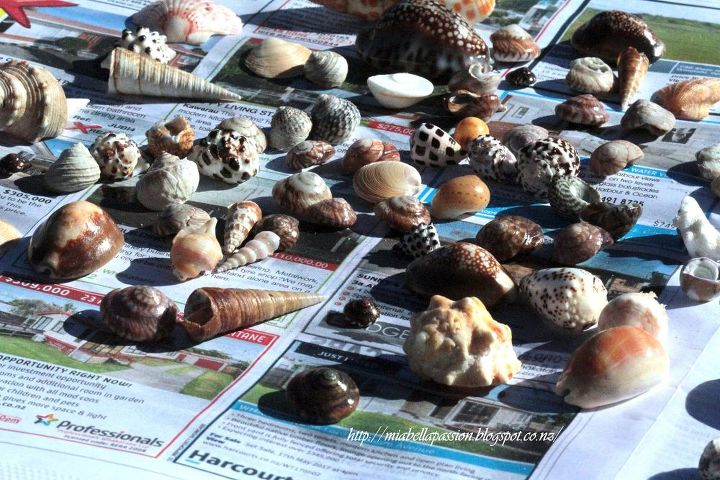 easy beach bathroom decor diy a shell jar or ball