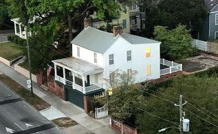 q how do you design a garden backyard for a house built in 1760