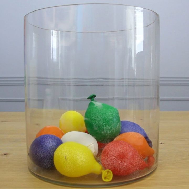 s 10 beautiful projects that use balloons, Make a Cooler With Balloons
