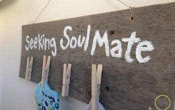 """Seeking Soul Mate"" Sock Organizer"